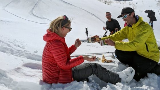 30% off ALL private ski and snowboard lessons and resort guiding services